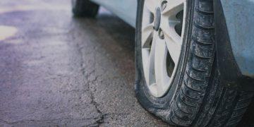sonhar com pneu furado